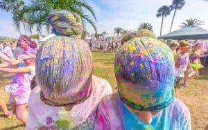 Reinigen Holi Farben nach Color Run oder Holi Festival